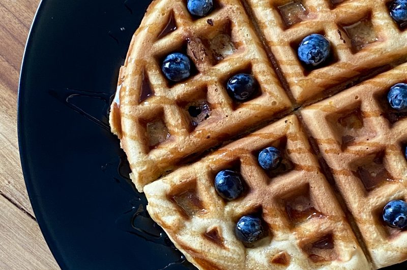 Keto/low-carb waffles